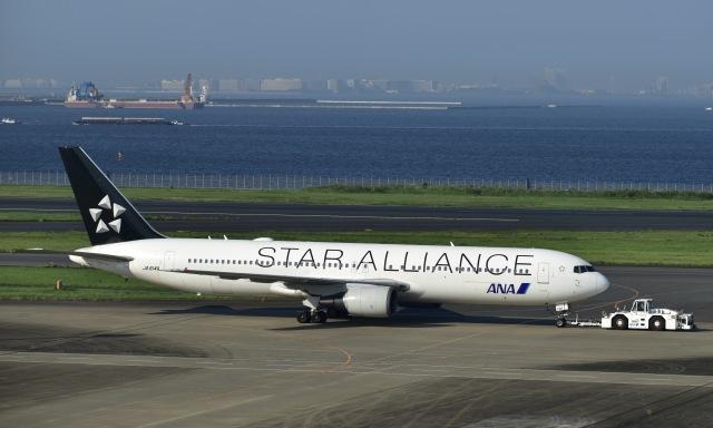 はやさんが、羽田空港で撮影した全日空 767-381/ERの航空フォト(飛行機 写真・画像)