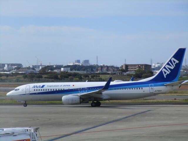 sakura saidaさんが、伊丹空港で撮影した全日空 737-881の航空フォト(飛行機 写真・画像)