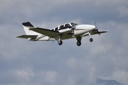 Cスマイルさんが、花巻空港で撮影した航空大学校 G58 Baronの航空フォト(飛行機 写真・画像)