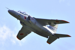 れぐぽよさんが、小松空港で撮影した航空自衛隊 T-4の航空フォト(飛行機 写真・画像)