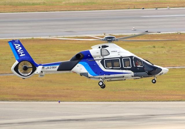LOTUSさんが、神戸空港で撮影したエアバス・ヘリコプターズ・ジャパン H160の航空フォト(飛行機 写真・画像)