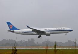 雲霧さんが、成田国際空港で撮影した中国南方航空 A330-323Xの航空フォト(飛行機 写真・画像)
