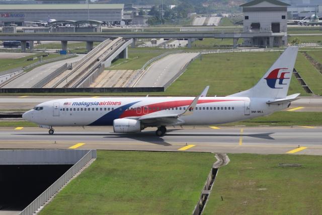 磐城さんが、クアラルンプール国際空港で撮影したマレーシア航空 737-8FZの航空フォト(飛行機 写真・画像)