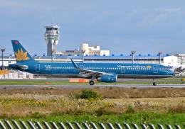 雲霧さんが、成田国際空港で撮影したベトナム航空 A321-231の航空フォト(飛行機 写真・画像)