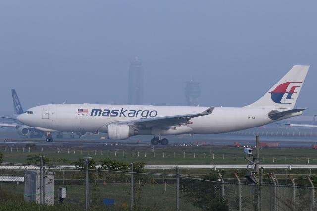mike-indiaさんが、成田国際空港で撮影したマレーシア航空 A330-223Fの航空フォト(飛行機 写真・画像)