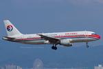 Scotchさんが、関西国際空港で撮影した中国東方航空 A320-214の航空フォト(写真)