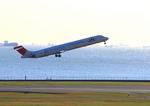 ふじいあきらさんが、羽田空港で撮影した日本航空 MD-90-30の航空フォト(写真)