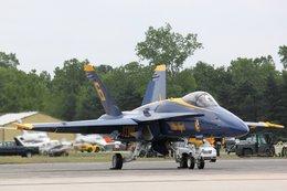 かおりんマンさんが、ウィローラン空港で撮影したアメリカ海軍 F/A-18A Hornetの航空フォト(飛行機 写真・画像)