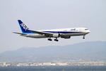 Shintaroさんが、関西国際空港で撮影した全日空 767-381/ERの航空フォト(写真)