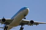 ふじいあきらさんが、福岡空港で撮影した大韓航空 A330-322の航空フォト(写真)