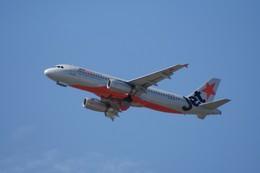しんさんが、シドニー国際空港で撮影したジェットスター A320-232の航空フォト(飛行機 写真・画像)