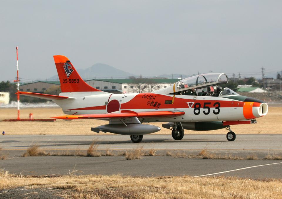 なごやんさんの航空自衛隊 Fuji T-1 (25-5853) 航空フォト