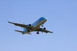 ふじいあきらさんが、福岡空港で撮影したフジドリームエアラインズ ERJ-170-100 (ERJ-170STD)の航空フォト(写真)