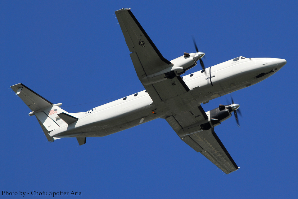 Chofu Spotter Ariaさんのアメリカ空軍 Beechcraft 1900 (86-0083) 航空フォト