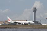 りんたろうさんが、羽田空港で撮影した日本航空 777-246の航空フォト(写真)