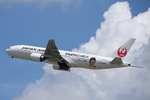 WING_ACEさんが、伊丹空港で撮影した日本航空 777-246の航空フォト(飛行機 写真・画像)