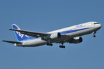 パンダさんが、成田国際空港で撮影した全日空 767-381の航空フォト(飛行機 写真・画像)