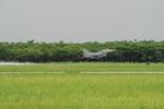 小弦さんが、嘉義空港で撮影した中華民国空軍 F-16B Fighting Falconの航空フォト(飛行機 写真・画像)