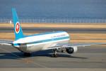 パンダさんが、羽田空港で撮影した全日空 767-381の航空フォト(飛行機 写真・画像)