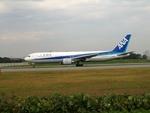 aquaさんが、伊丹空港で撮影した全日空 767-381の航空フォト(写真)