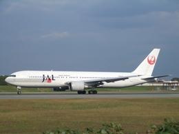 aquaさんが、伊丹空港で撮影した日本航空 767-346の航空フォト(写真)