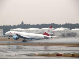 aquaさんが、成田国際空港で撮影したオーストリア航空 777-2Z9/ERの航空フォト(写真)