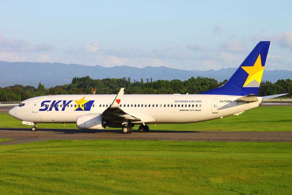 Kuuさんのスカイマーク Boeing 737-800 (JA73NN) 航空フォト