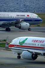 rjnsphotoclub-No.07さんが、関西国際空港で撮影した中国東方航空 737-8HXの航空フォト(飛行機 写真・画像)