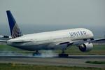 rjnsphotoclub-No.07さんが、関西国際空港で撮影したユナイテッド航空 777-222/ERの航空フォト(写真)