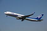 resocha747さんが、大連周水子国際空港で撮影した全日空 767-381/ERの航空フォト(写真)