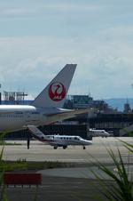 T.Sazenさんが、伊丹空港で撮影した読売新聞 525A Citation CJ1の航空フォト(写真)