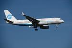 パンダさんが、成田国際空港で撮影したウラジオストク航空 Tu-204-300の航空フォト(写真)