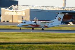 aircanadafunさんが、モントリオール・ピエール・エリオット・トルドー国際空港で撮影したクリーベック航空 DHC-8-106 Dash 8の航空フォト(飛行機 写真・画像)