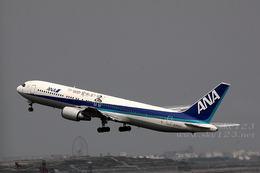 sky123さんが、羽田空港で撮影した全日空 767-381の航空フォト(写真)