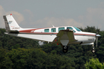 Chofu Spotter Ariaさんが、調布飛行場で撮影した日本法人所有 A36AT Bonanza 36の航空フォト(写真)