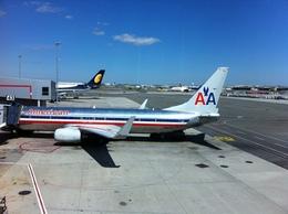 sunpoohさんが、ジョン・F・ケネディ国際空港で撮影したアメリカン航空 737-823の航空フォト(飛行機 写真・画像)