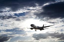 しゅあさんが、伊丹空港で撮影した全日空 777-281の航空フォト(写真)