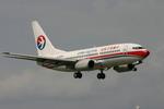 アイスコーヒーさんが、福岡空港で撮影した中国東方航空 737-76Qの航空フォト(飛行機 写真・画像)