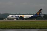 アイスコーヒーさんが、横田基地で撮影したアトラス航空 767-38E/ERの航空フォト(飛行機 写真・画像)
