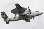 Scotchさんが、厚木飛行場で撮影したアメリカ海軍 E-2C Hawkeyeの航空フォト(飛行機 写真・画像)