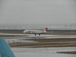 KIJ001Zさんが、新潟空港で撮影した日本航空 MD-81 (DC-9-81)の航空フォト(写真)