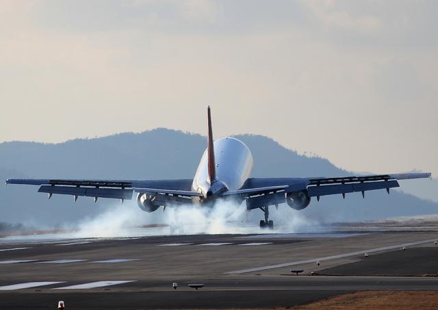 ふじいあきらさんが、広島空港で撮影した日本航空 A300B4-622Rの航空フォト(飛行機 写真・画像)