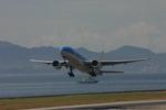 アイスコーヒーさんが、関西国際空港で撮影したKLMオランダ航空 777-206/ERの航空フォト(飛行機 写真・画像)