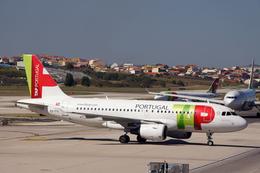 ktaroさんが、リスボン・ウンベルト・デルガード空港で撮影したTAPポルトガル航空 A319-111の航空フォト(飛行機 写真・画像)