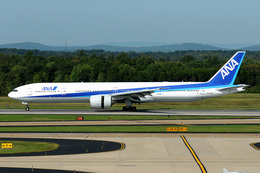 Tomo-Papaさんが、ワシントン・ダレス国際空港で撮影した全日空 777-381/ERの航空フォト(飛行機 写真・画像)
