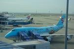 rjnsphotoclub-No.07さんが、中部国際空港で撮影した大韓航空 747-4B5の航空フォト(写真)
