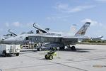 Scotchさんが、キーウェスト海軍航空ステーションで撮影したアメリカ海軍 F/A-18A Hornetの航空フォト(写真)