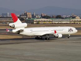 koyajiさんが、名古屋飛行場で撮影した日本航空 MD-11の航空フォト(飛行機 写真・画像)