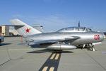Scotchさんが、ヴェンチュラ・カウンティ=ポイントムグ海軍航空ステーションで撮影したThomas M. Smith MiG-15UTIの航空フォト(写真)
