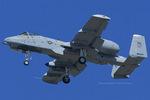 Scotchさんが、ヴェンチュラ・カウンティ=ポイントムグ海軍航空ステーションで撮影したアメリカ空軍 A-10C Thunderbolt IIの航空フォト(飛行機 写真・画像)